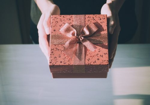 psychologist-approved-gifts-for-your-artistic-daughter-at-any-age-without-breaking-the-bank-4